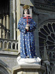 17 janvier : Notre Dame de Pontmain 220px-Pontmain__2853_29_Statue_de_la_Vierge_sur_le_parvis_de_la_basilique