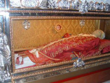 25 mai : Saint Grégoire VII Salerno_PopeGregoriousVIITomb